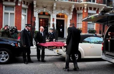 2373907605-muere-disenador-moda-britanico-alexander-mcqueen-aparente-suicidio